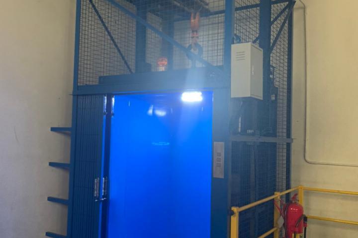 ลิฟท์ขนสินค้า,ลิฟท์บรรทุกสินค้า,ลิฟท์ภายในอาคารV2